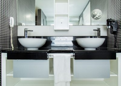 sinks-002
